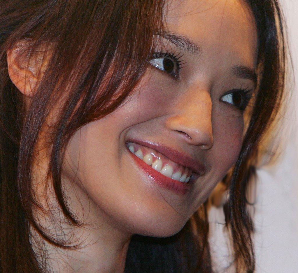 http://photos1.blogger.com/blogger/3803/742/1600/shu-qi-01.jpg