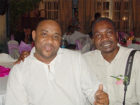 Harusi Ya Amina Chifupa http://www.pic2fly.com/Harusi+Ya+Amina+Chifupa