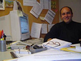 El profesor Jordi Pérez Llavador