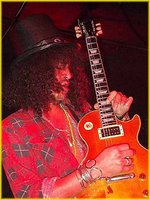 slash playing on his gibson les paul standard