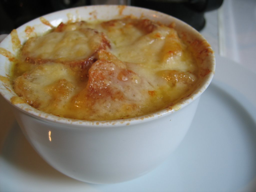 french onion french onion soup gratinee recipes dishmaps soup french ...