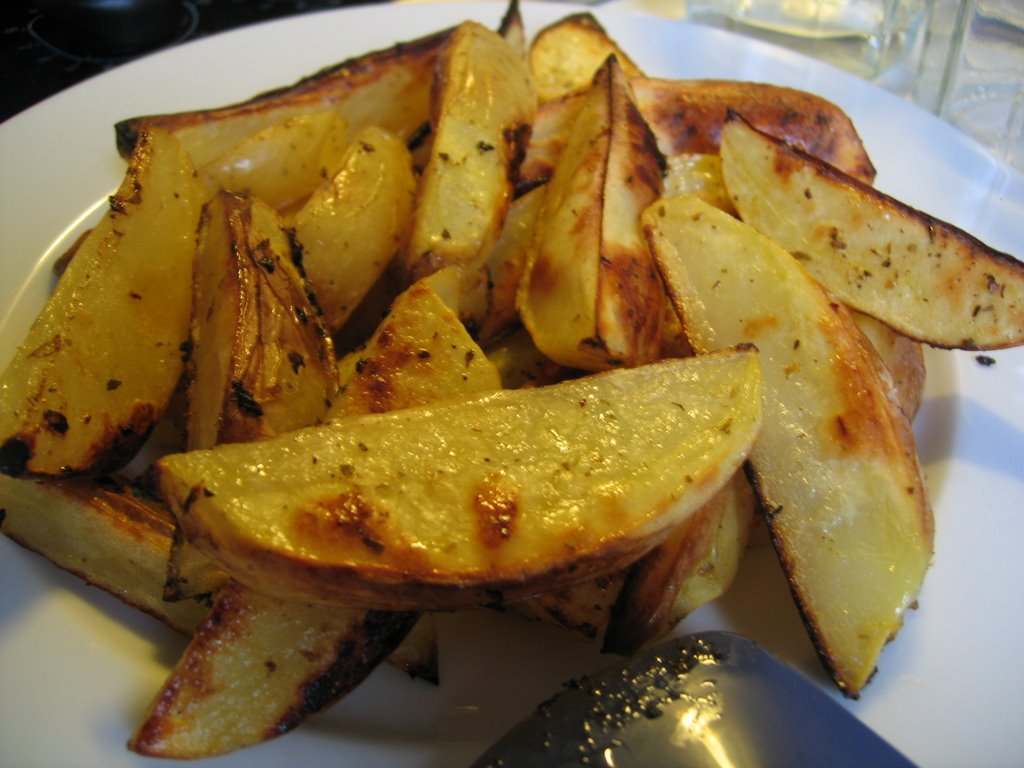 What goes better with lemon roasted potatoes than lemon and oregano ...