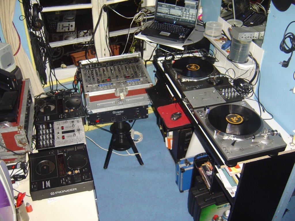 lideal services club 91 bureau home studio de votre dj mickael. Black Bedroom Furniture Sets. Home Design Ideas