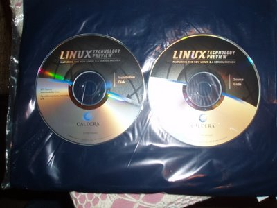 LINUX TECHNOLOGY PREVIEW FEATURING THE NEW LINUX 2.4 KERNEL PREVIEW, © 2000, Caldera Systems, Inc. All Rights Reserved