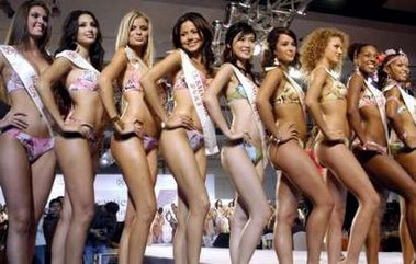 Beauty contest shemale