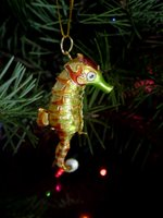 My second of the Chinese-like Cloisonnè ornaments. This one is a seahorse who has a jointed tail.