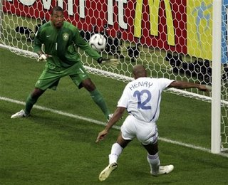 henry%20scores Western Europe's World Cup