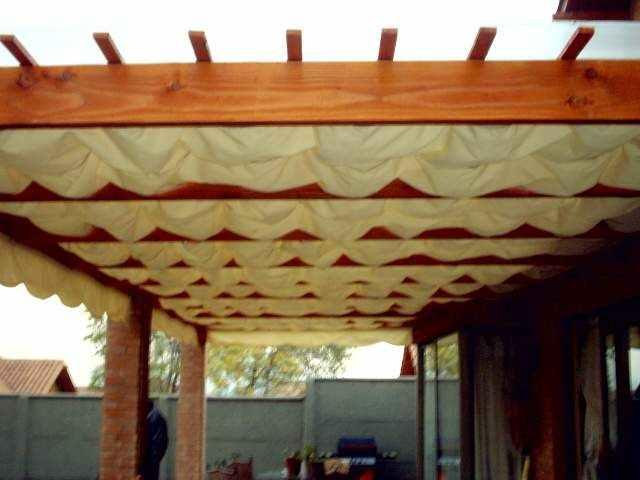 Estructuras para terrazas toldos y cojines for Toldos triangulares para terrazas