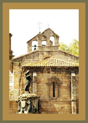 Mariano Belliure y Gil: Monumento a Obdulio Fernández (1927-1932). Detalle del monolito rematado por 'la manzanera' al proyectarse sobre la Iglesia de La Oliva.