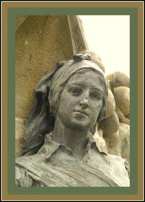 Mariano Belliure y Gil: Monumento a Obdulio Fernández (1927-1932). Detalle de la cara de la campesina situada a la derecha del espectador. Repárese en su mirada.