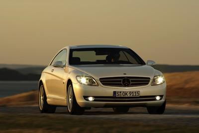 First prize in Sunday newspaper's automotive competition: Mercedes-Benz CL-Class wins 'Golden Steering Wheel Award 2006'