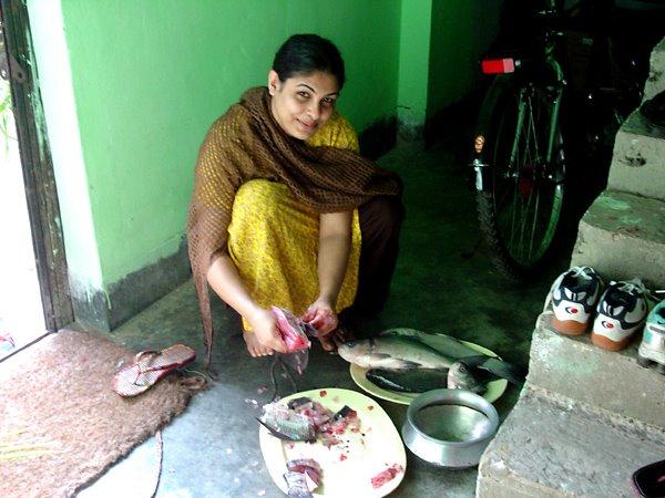 Escort girls in Mymensingh