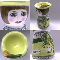 egg cups anthropomorphic ceramic egg cups. Black Bedroom Furniture Sets. Home Design Ideas
