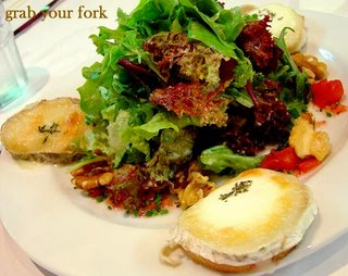 goats cheese salad with walnuts