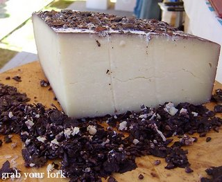 cheese in dried grapes