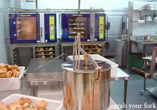 beard papa kitchen
