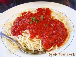 Spaghetti marinara or napolitana?