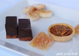 petit fours
