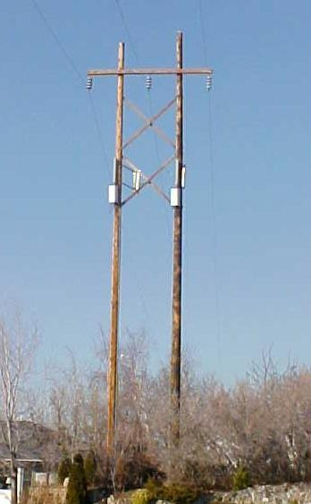 Power Transmission Poles : Communications antenna supporting structures cellular pcs