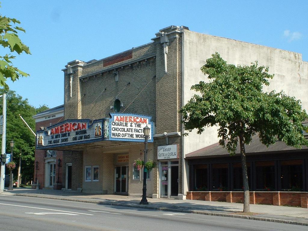 adam 39 s cinema american theater canton n y. Black Bedroom Furniture Sets. Home Design Ideas