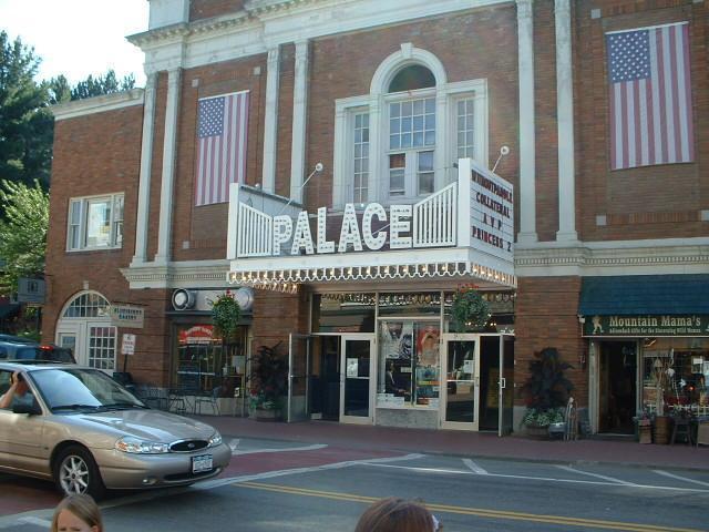 adam 39 s cinema palace theater lake placid n y. Black Bedroom Furniture Sets. Home Design Ideas