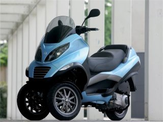 Piaggio 3 Tekerlekli Motosiklet