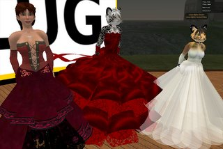 Best Dress competition entries. From left to right : Angel Sunset, ninjafoo Ng and Zi Ree