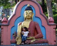 Swayambhunath - Buda & Cocuk
