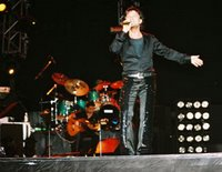 Tarkan on stage in Baku in 2004