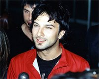 Tarkan arrives in Moscow