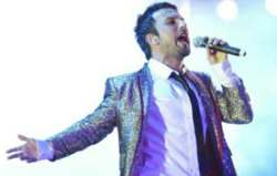 Tarkan on stage in Cyprus