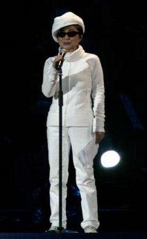 The Beatles Polska: Yoko Ono wystąpiła na ceremoni otwarcia Olimpiady Zimowej