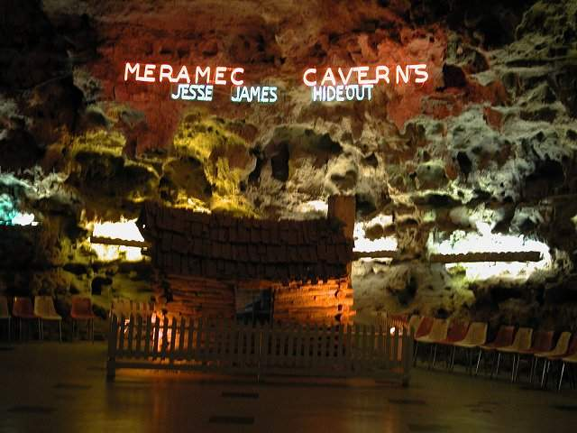 haunted shack theater meramec caverns stanton missouri