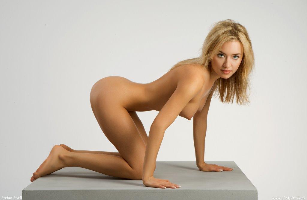 make me a super model nude № 79684