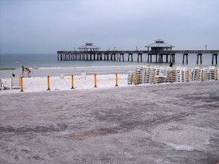 Fort Myers Beach Pier, Photography by Troy Thomas, 24 February 2006