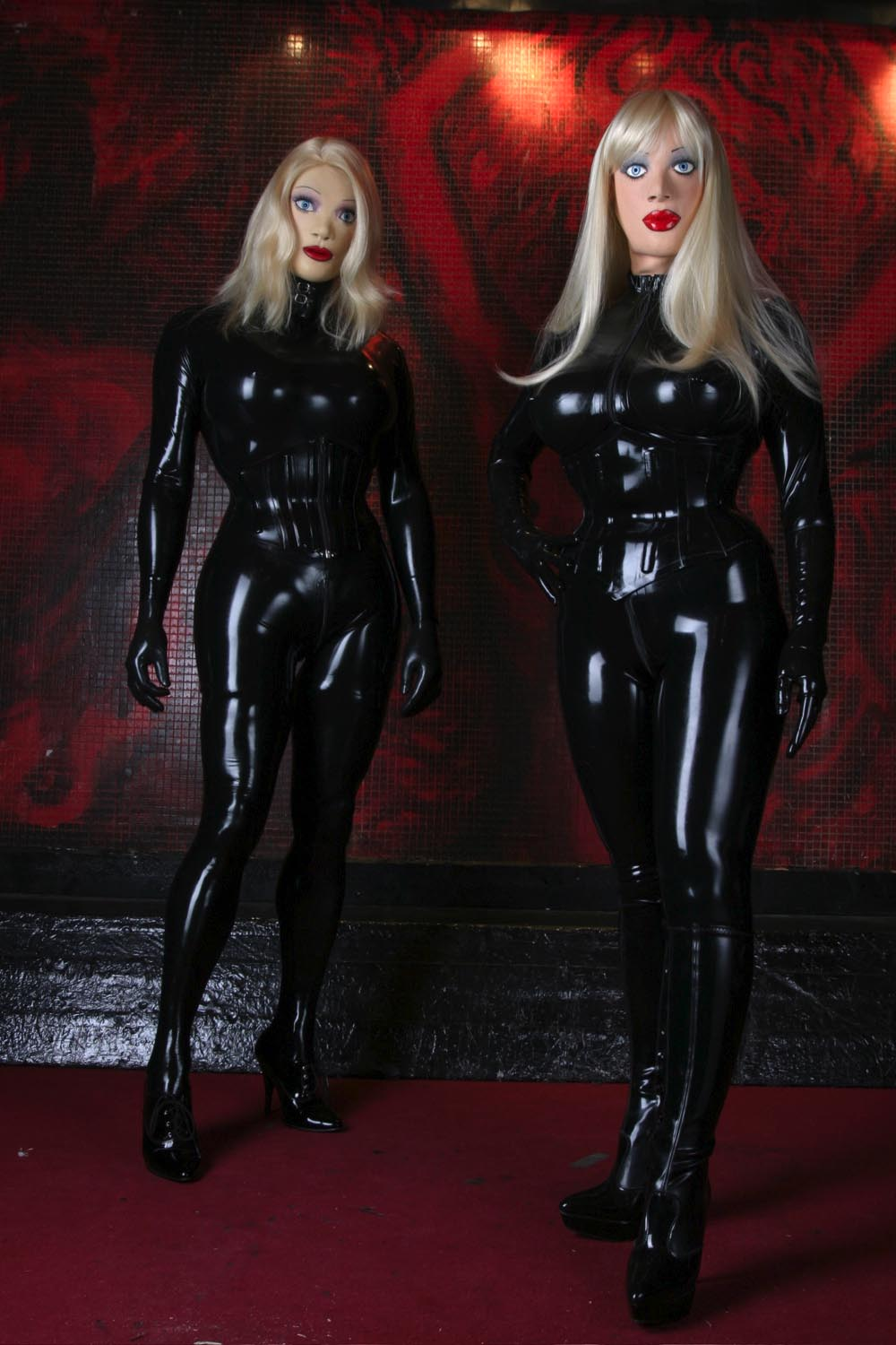 Dolls realm: the Rubber Sisters are here!!