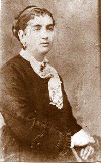 Carmen Méndez Baena hacia 1890 (1860-?. Casada con el juez municipal suplente y encargado del Registro Civil en 1916