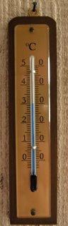 hejma termometro de Kolonjano
