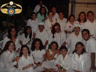 Gurumay Teo junto al Guru Jose Jativa, su esposo e Iniciado propuesto como Guru Fernando con parte de la Orden SOIS::.