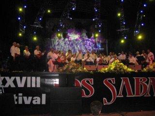 Dúo Salteño y Los Sabandeños cantando Merceditas