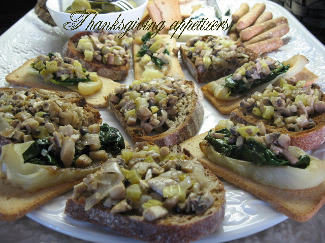 thanksgiving appetizers white bell peppers mushrooms celery white wine compote spinach toasts