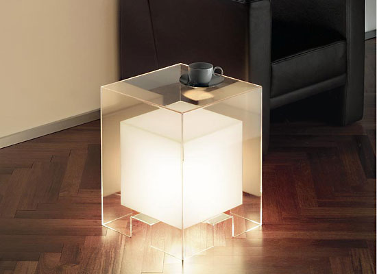 Teejay 39 s backsplash tavola luce for Topdeq design