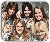 The Runaways - Cherry Bomb (1976)