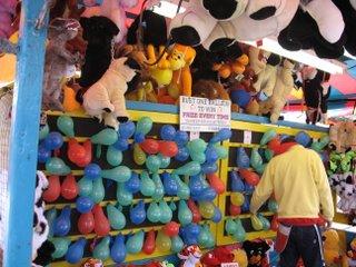 गुब्बारे फोडो़