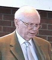 Paul Hellyer Cropped