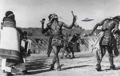 Hopi & Saucer