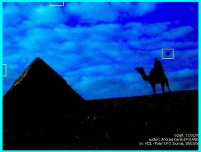 UFO Over Pyramid 3-30-06 (D)