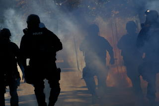 Toledo riot - Teargas and police