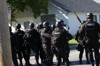 Toledo Police riot gear