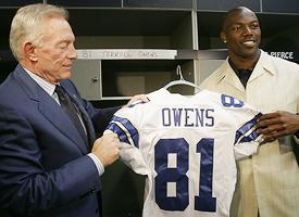 Terrell Owens with Cowboys owner Jerry Jones